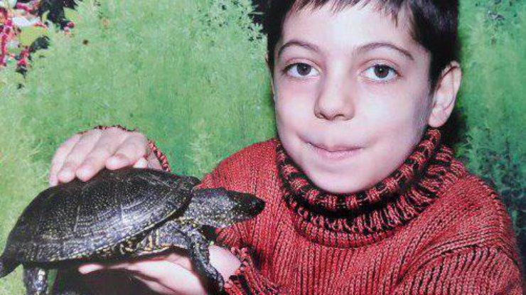 Поможем спасти: 15-летний Эльчин нуждается в пересадке костного мозга [ Редактировать ]