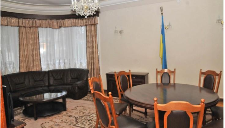 Во Львове продадут дом президента за 29 млн грн. (фото) [ Редактировать ]