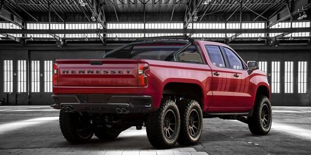 Американцы создали 6-колесный Chevrolet Silverado