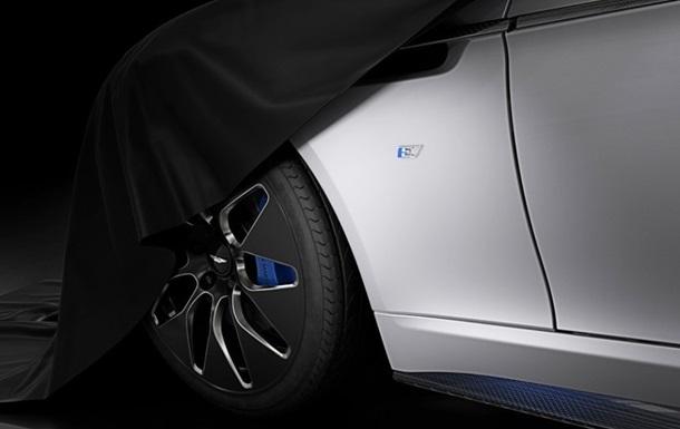 Aston Martin показал электрический лифтбек Rapide E