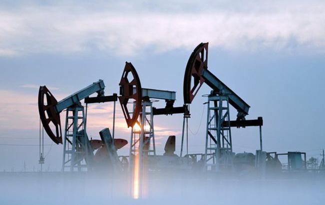 Цена нефти Brent поднялась выше 84 долларов за баррель