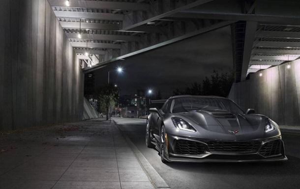 Chevrolet показала на фото мощнейший Corvette