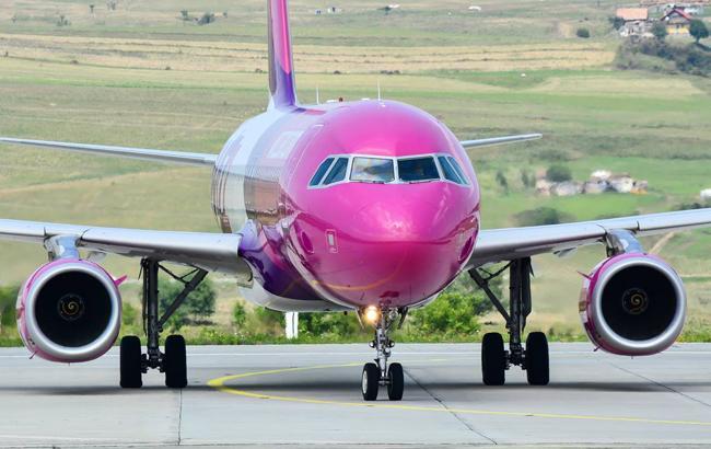 Літак Wizz Air зробив аварійну посадку в Румунії через загрозу вибуху