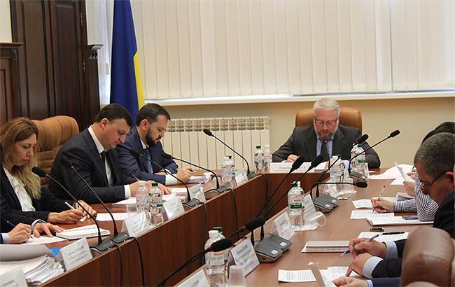 НАПК нашло нарушения в декларациях еще трех украинских чиновников
