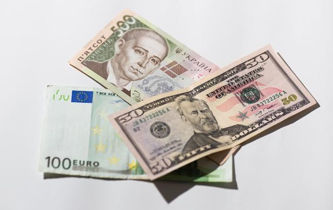 НБУ на 27 сентября установил курс гривны на уровне 28,14 грн/доллар