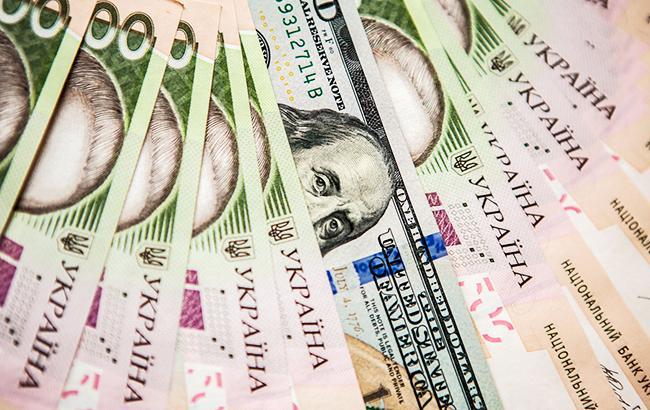 НБУ повысил справочный курс доллара до 28,20 грн/доллар