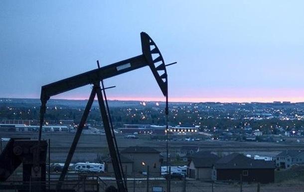 Нефть ускорила падение на фоне заявлений Эр-Рияда