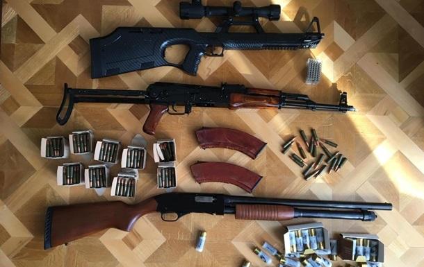 Под Киевом задержали банду рэкетиров, организованную главой сельсовета