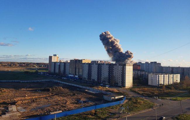 При пожежі на заводі в РФ загинули дві людини