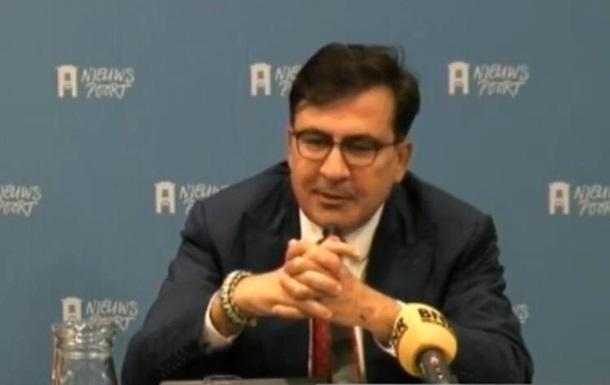 Саакашвили пытается добиться санкций против Порошенко