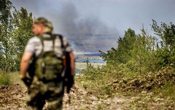 Сепаратисты обстреляли Лебединское из минометов