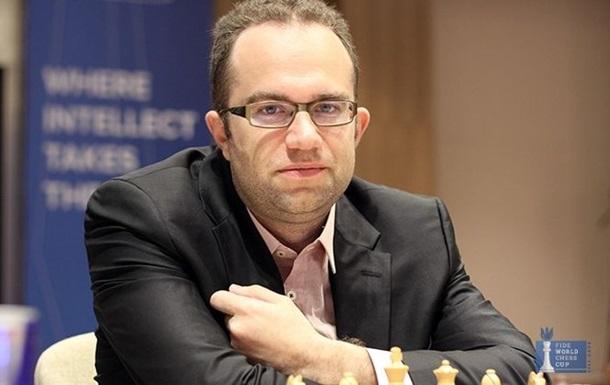 Шахматы: Эльянов сыграл вничью с россиянином