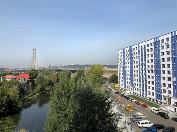 STATUS GROUP реализовал в ЖК Ривьера концепцию загородной жизни практически в центре КиеваРеклама
