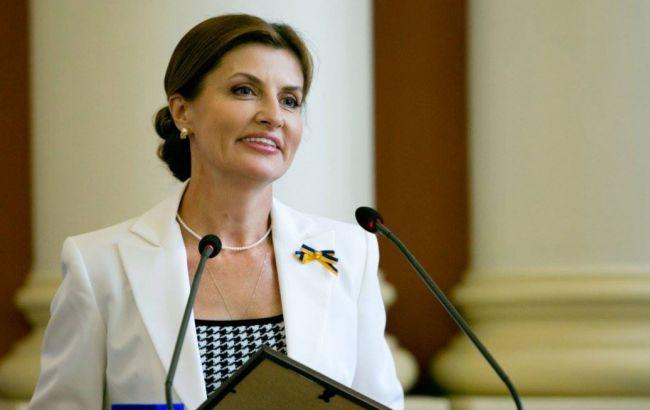 Супруга Порошенко призвала первую леди США к участию в кампании по освобождению Савченко
