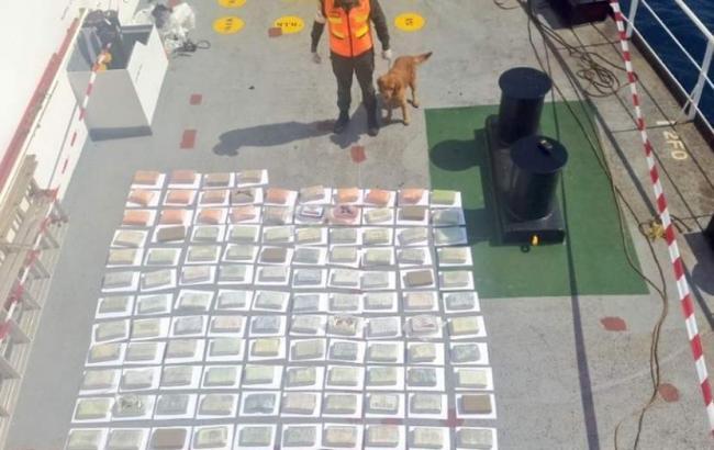 У Венесуелі заарештували судно з українцем на борту за перевезення 147 кг кокаїну