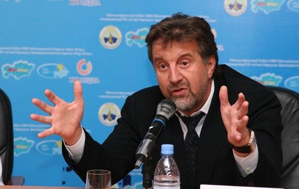 Украина внесла в черный список еще двух российских актеров