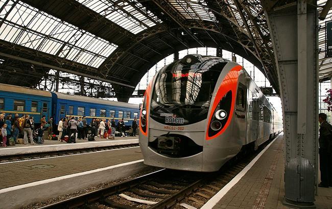 Укрзализныце для продолжения пассажирских перевозок требуется 111 млрд гривен