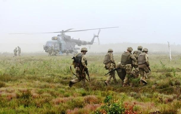 В Донецкой области подорвались два бойца - штаб