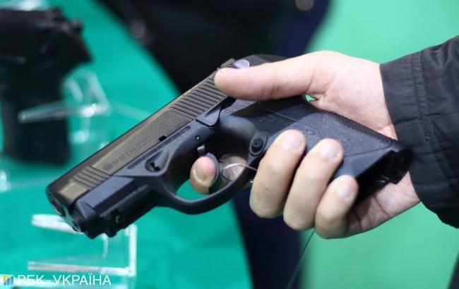 В Києві за місяць здали 230 одиниць зброї