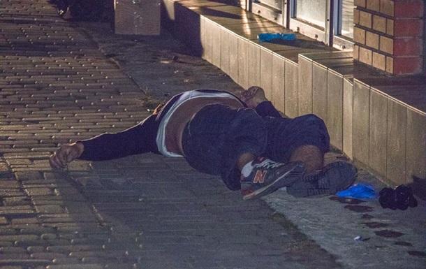 В Киеве на улице обнаружили труп мужчины