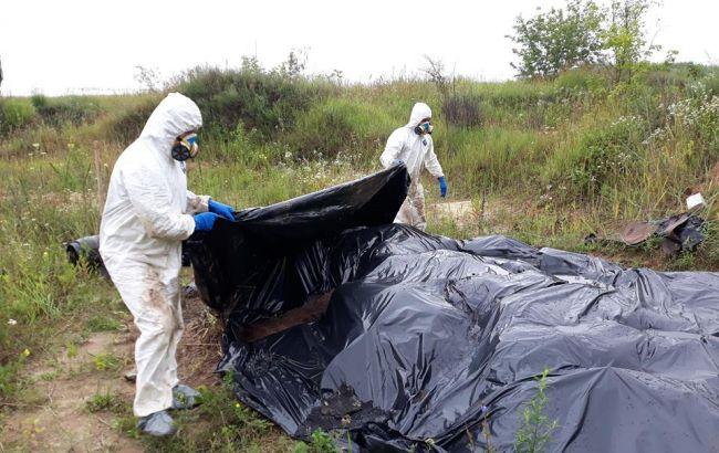 В Сумской области перезахоронили опасные ядохимикаты