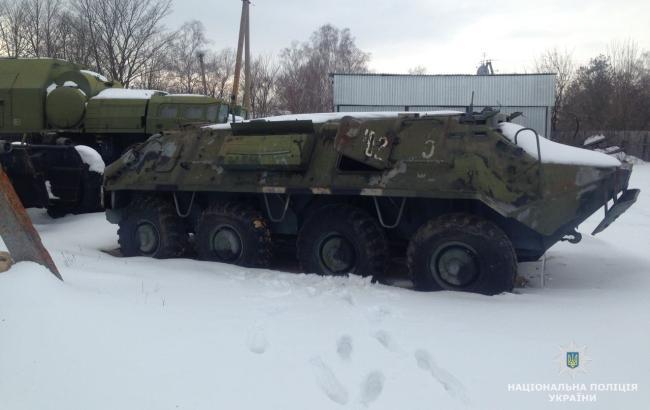 В Житомирской области обнаружили почти 200 объектов военной техники