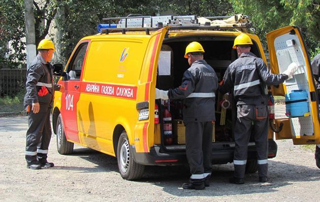 Во Львове вблизи школы разлили газовый конденсат, детей эвакуировали